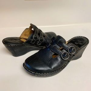 Born Ruth Wedge Mules Double Buckle Black 8 39